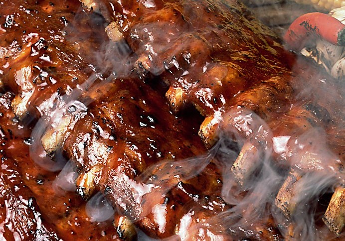 A Step by Step Guide on How to Grill Ribs